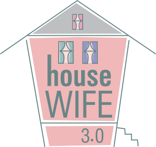 housewife3_0_logowithnewwebcolors